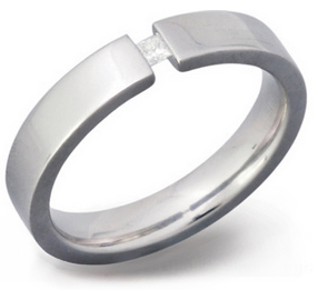 4mm Titanium and Diamond Tension Set Ring